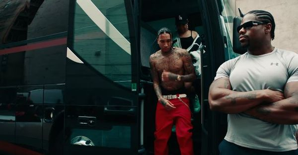 """Tyga Pays Tribute To His Former Boss In """"Lightskin Lil Wayne"""" Video"""
