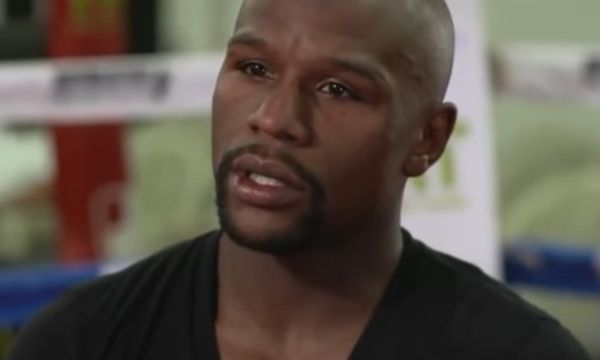 Floyd Mayweather Says He's Coming Out of Retirement