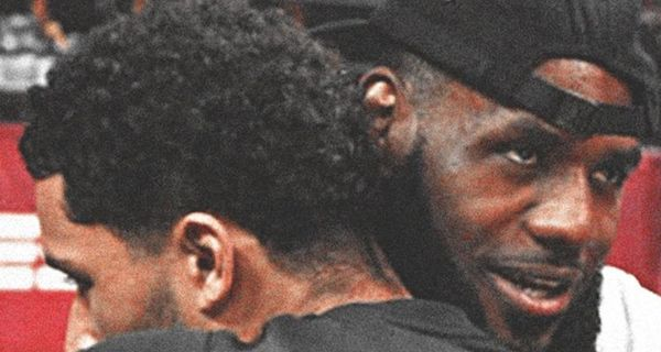 Lebron James Posts Picture With Josh Hart's Face In His Crotch