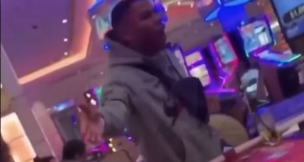 Nelly Goes Off On Casino Card Dealer