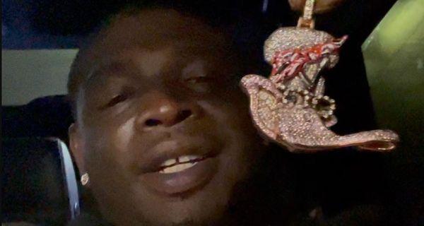 Houston OG Blika Has Sauce Walka's Pendant After Putting 20K Bounty On Any TSF Bling