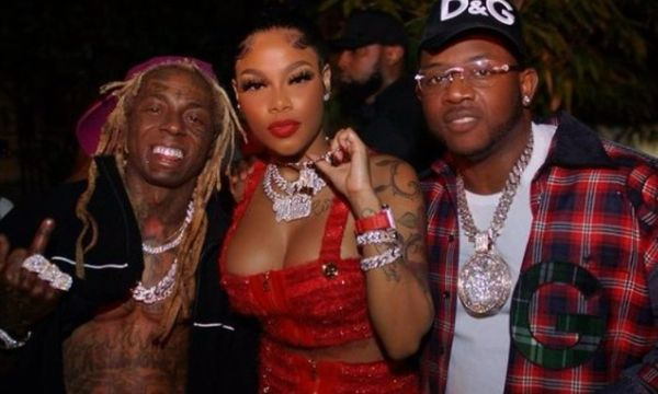 Lil Wayne Welcomes Mellow Rackz To Young Money, Mack Maine Gives Her $100,000